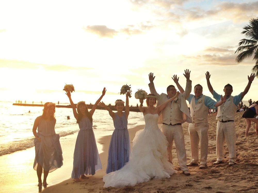 oahu-beach-wedding-sunset