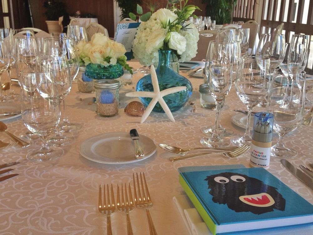 halekulani-wedding-reception-starfish-sea-blue-decoration