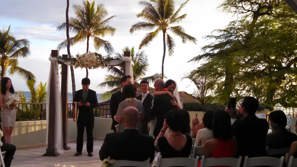 11-hawaii-lei-exchange-ceremony.jpg
