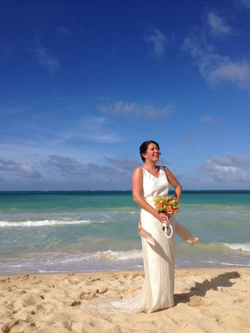 dan-lucy-waimanalo-beach-wedding-3.jpg
