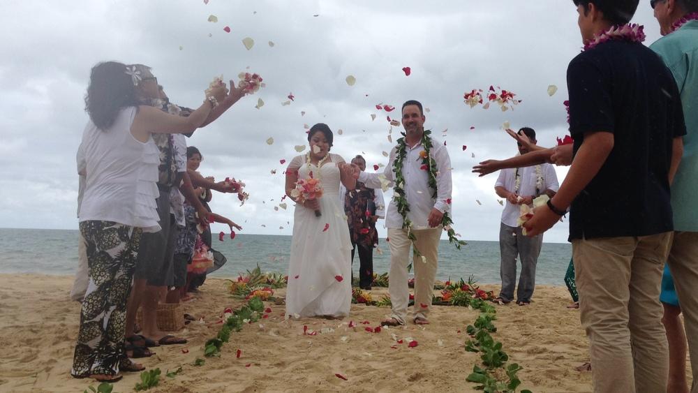 7-waimanalo-beach-ceremony.JPG