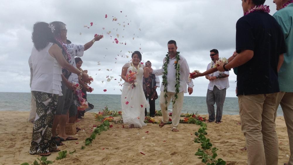 6-waimanalo-beach-ceremony.JPG