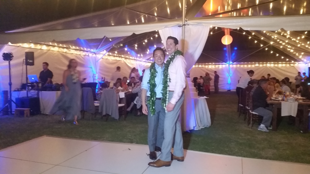 turtle-bay-resort-outdoor-wedding-reception