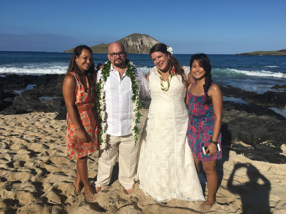 42-small-hawaii-beach-wedding.JPG