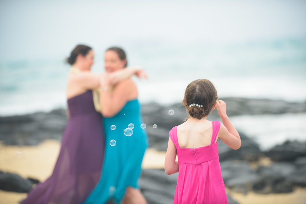 34-rainy-oahu-hawaii-wedding.jpg