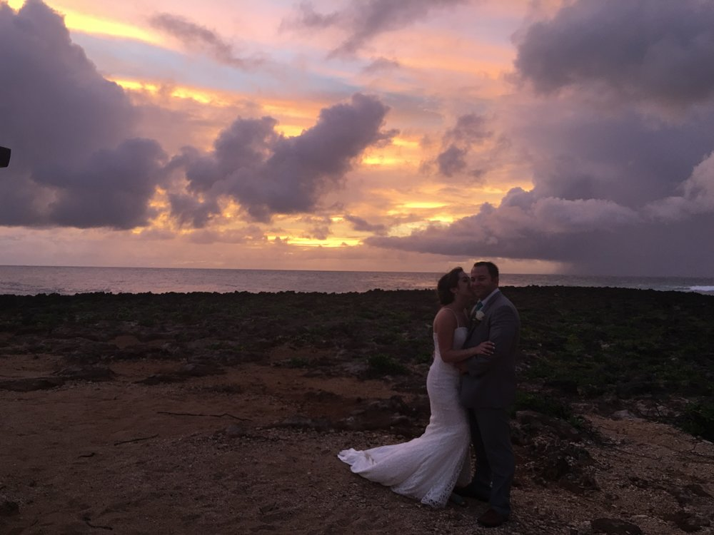 hawaii-sunset-wedding