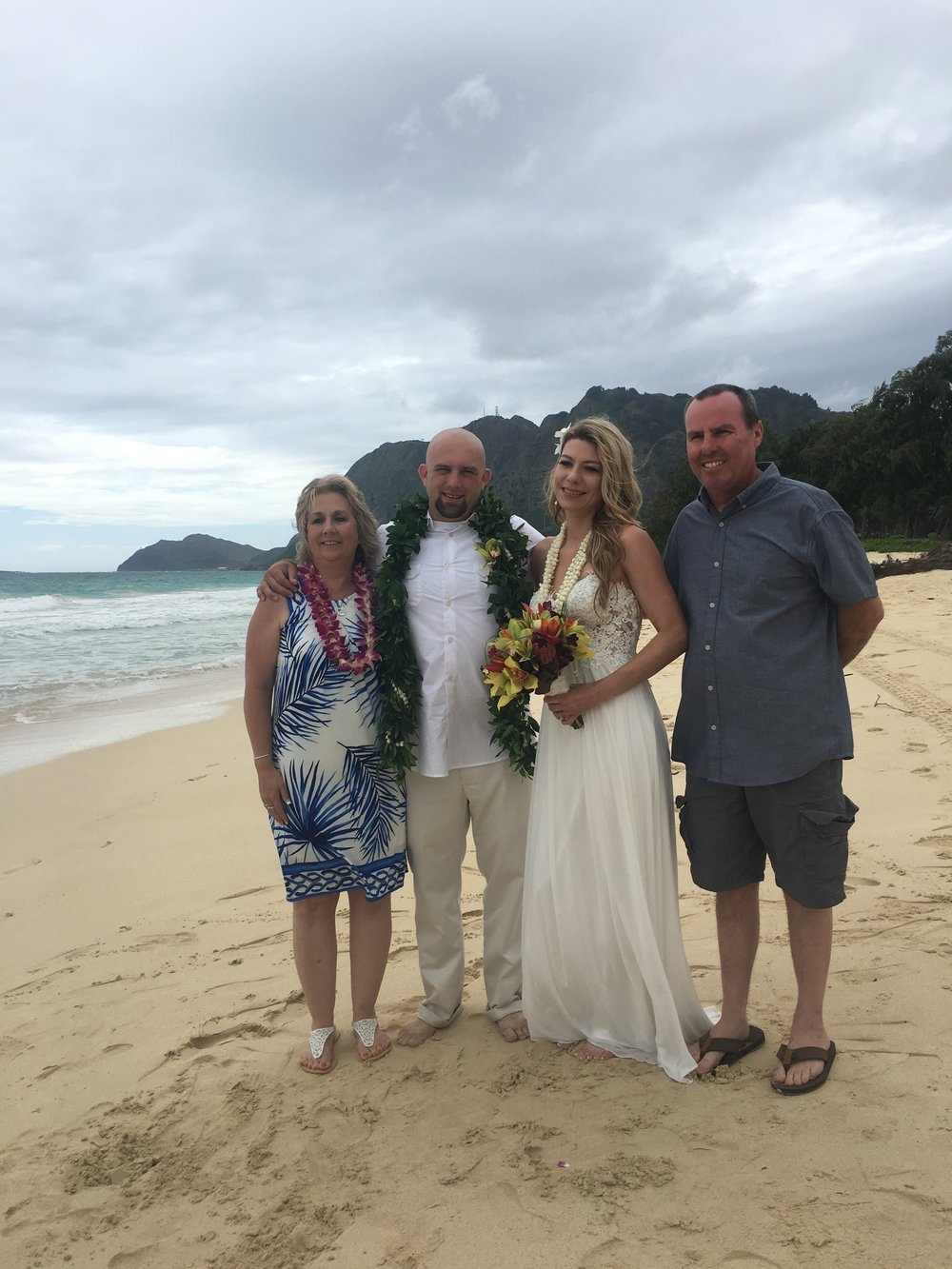 14-waimanalo-beach-wedding.JPG