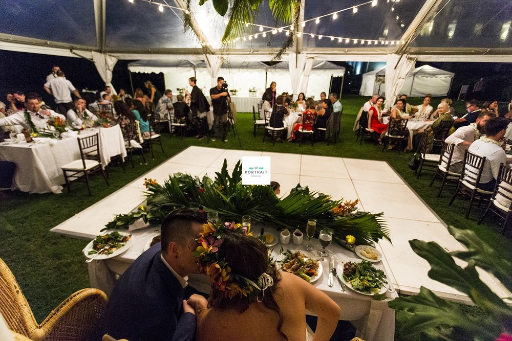 123-outdoor-wedding-hawaii.jpg