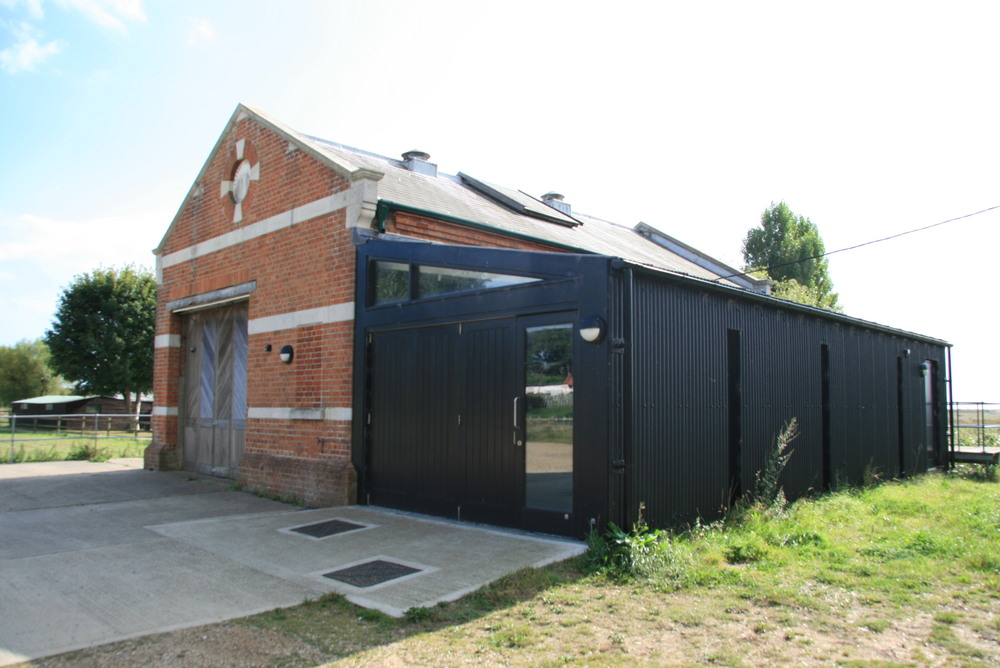 This project involved the minor refurbishment of the existing theatre building and the construction of an extension to house ancillary facilities necessary to serve the main performance space.