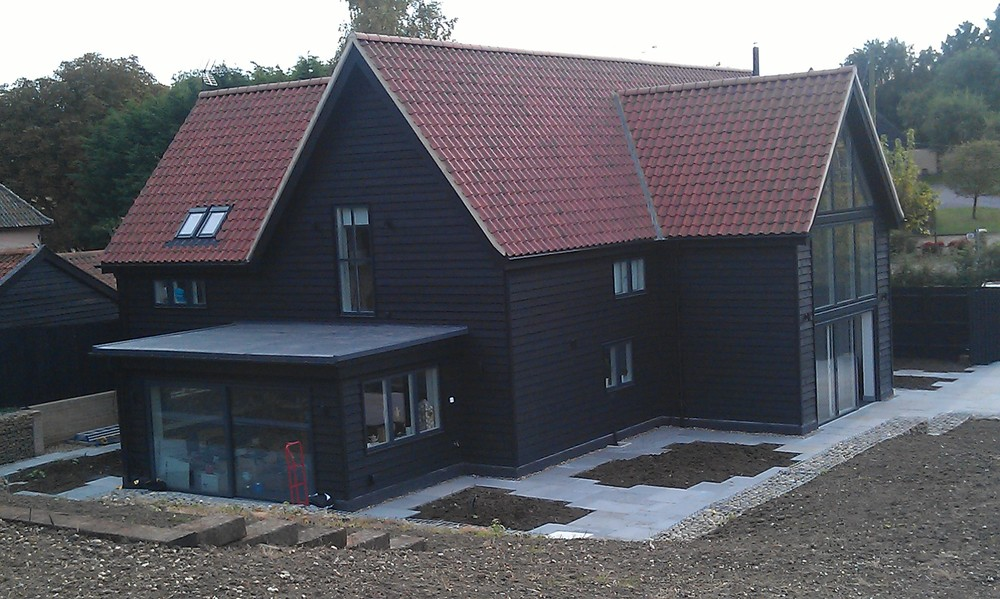 Main Contractor:  Avoncrown Ltd   Structural Engineer: Adam Power & Associates   Landscape Designer: Emily Erlam Studio   Lighting / Heating / Green Energy:  Hudson's Electrical