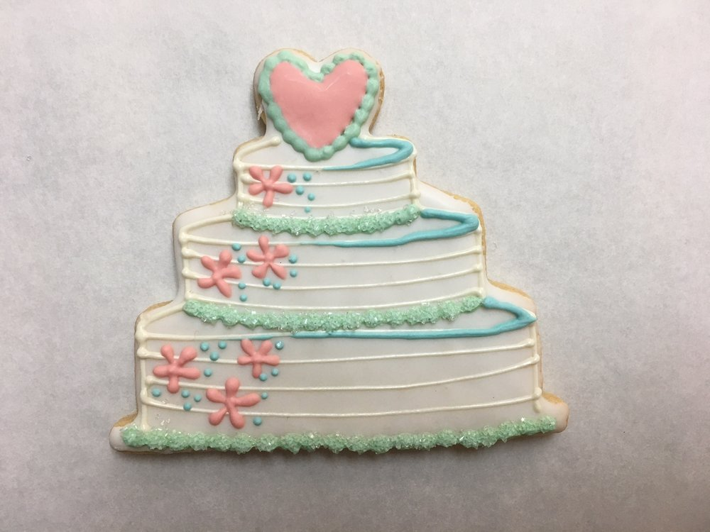 Wedding Cake with Heart, Flowers