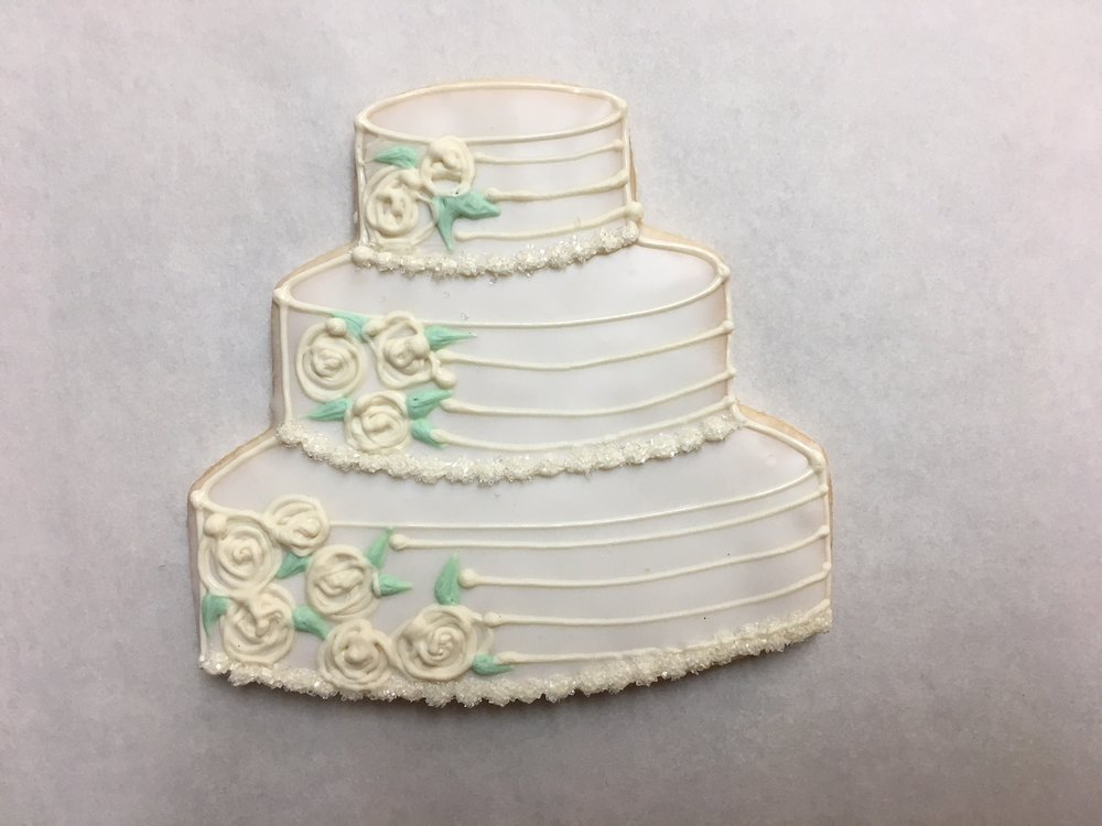 Large Wedding Cake, Roses and Leaves