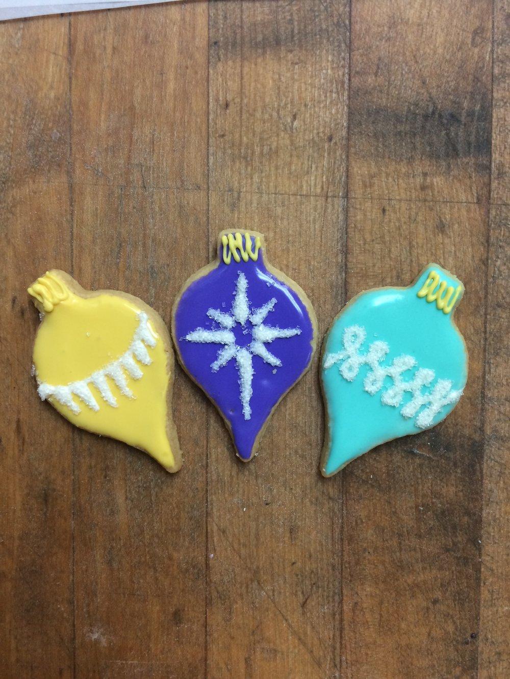 Christmas - Pointy Ornaments.JPG