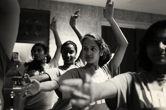 1-Nritya-Sangam Dance Troupe-Hannah-Vickers