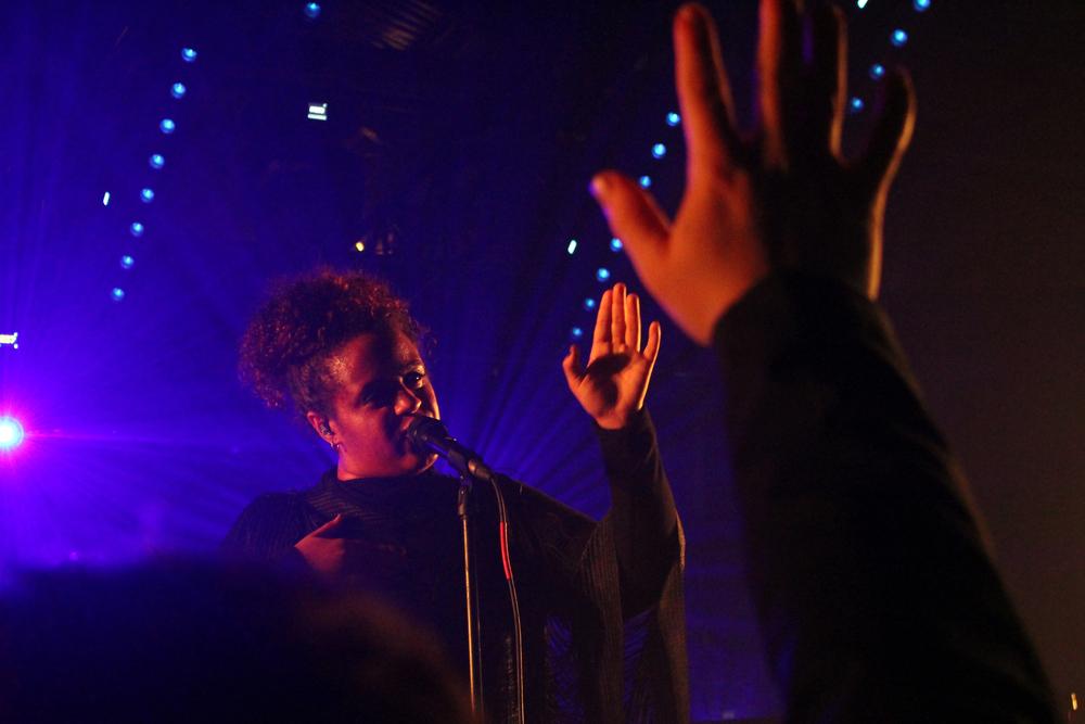 Swedish artist Seinabo Sey preforms at the Cruel Rhythm showcase at Hype Hotel. Photo by Samantha J. Grasso.