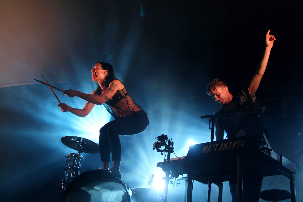 Kim Schifino and Matt Johnson of Matt & Kim at Stubb's BBQ on Thursday, April 23.