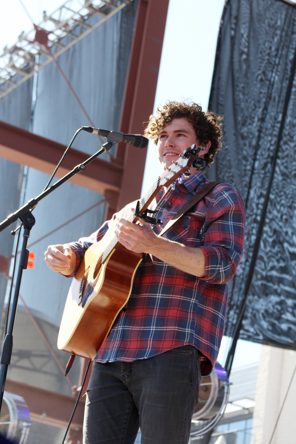 Vance Joy.  Photo by Tess Cagle