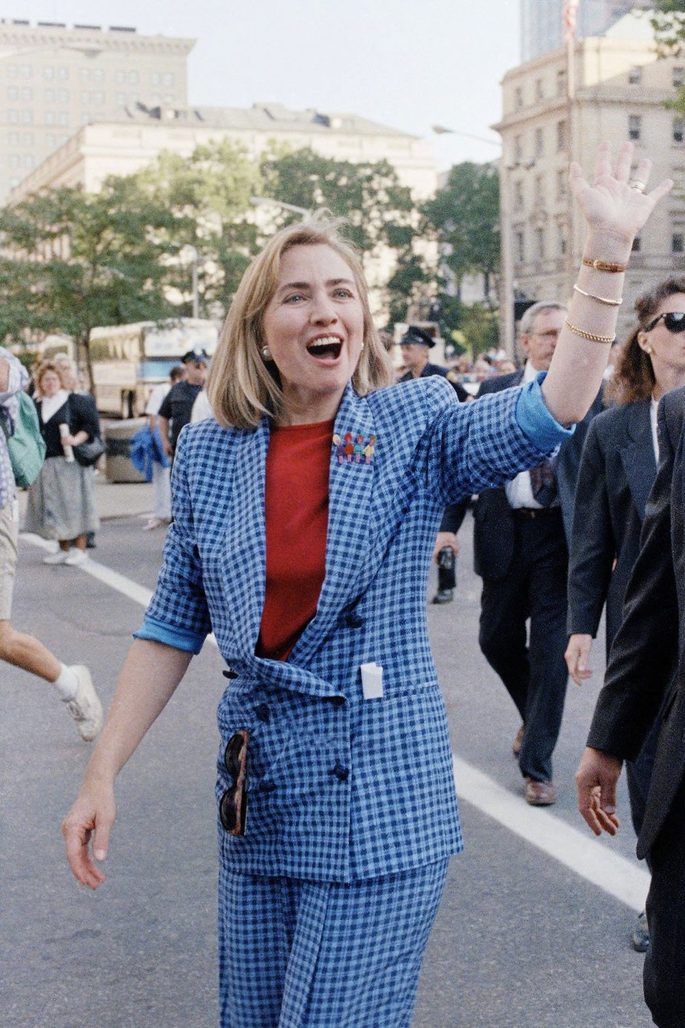 10. 1992- The Picnic Pantsuit     Clinton pops over to Ohio on a campaign trip for Bill. Note the pin of children on her lapel!