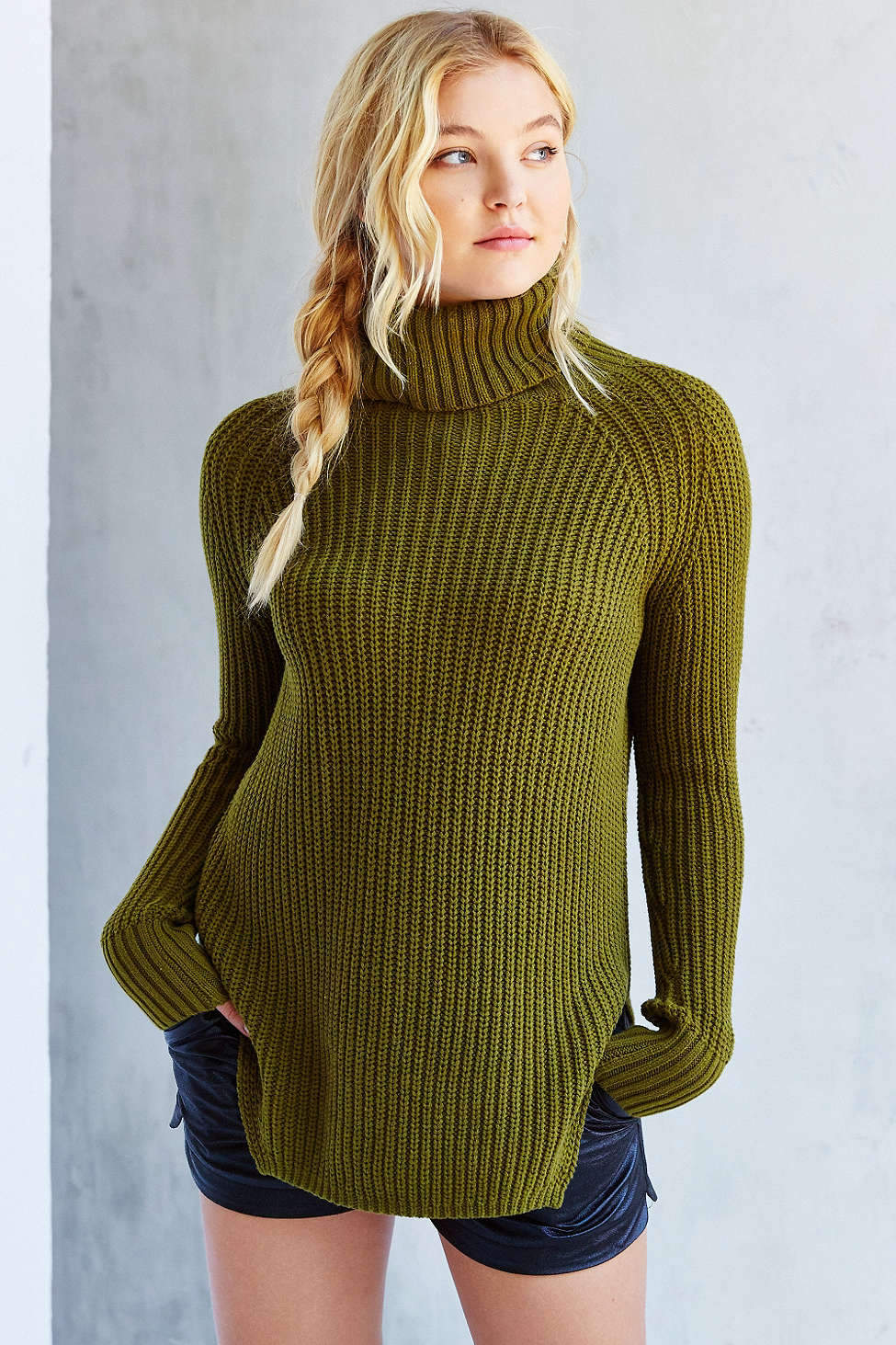 Maddy Ferguson's olive sweater.jpg