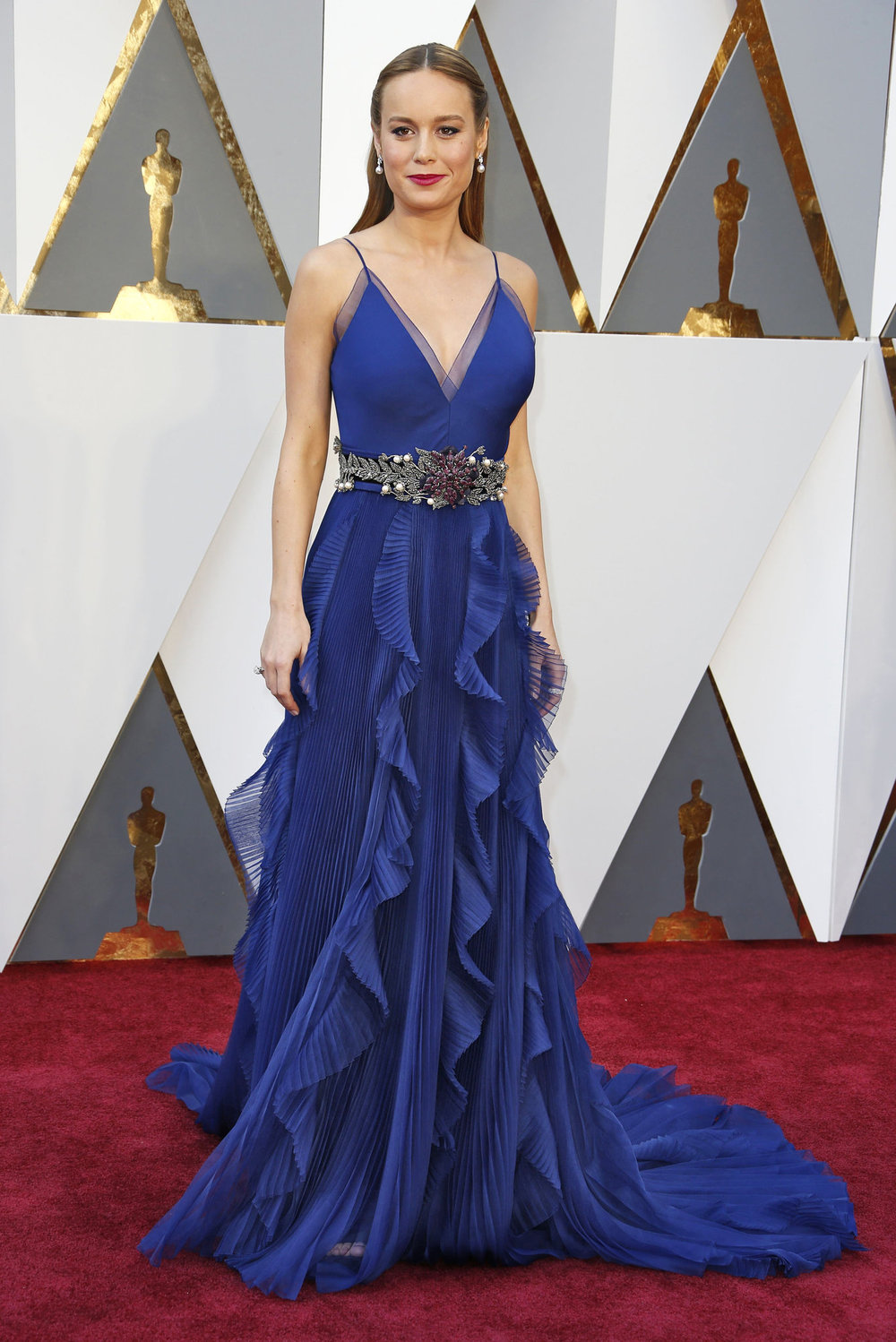 oscars-red-carpet-1646-brie-larson-superJumbo-v4.jpg