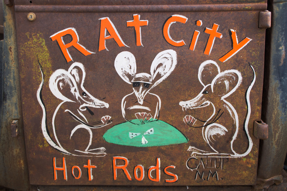 "The name ""Rat City"" was inspired by the junkyard from which maker Tixier found the parts for this vehicle. The rats playing poker is a reference to Tixier's career as a professional gambler."