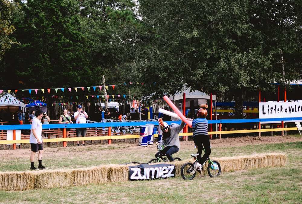 Zumiez sponsored free, modern jousting for attendees.