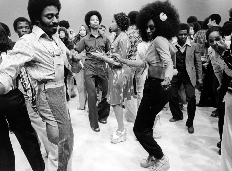 A true 70s disco photo courtesy of fashion bomb daily