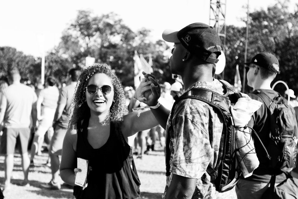 A couple shares a sweet moment together as they dance at Zilker Park.