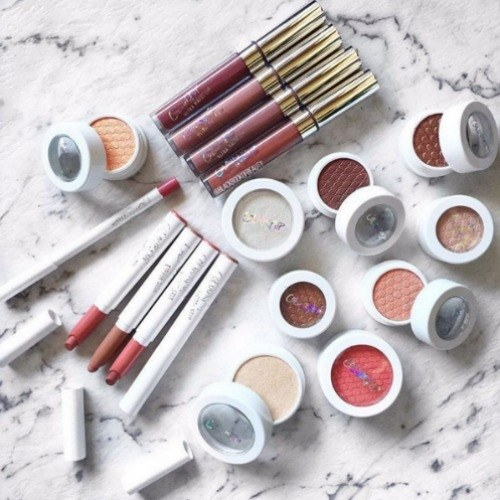 "ColourPop - As another ""young"" brand, ColourPop consistently delivers beautiful and affordable shades from daring to neutral, allowing people all over the world to experiment and express themselves through makeup. Fun fact: they operate out of the same factories as Kylie Cosmetics! However, Colourpop distinctly differentiates themselves from the Kardashian craze by pairing up with other popular influencers for collaborations and consistently restocking items that sell out quickly."