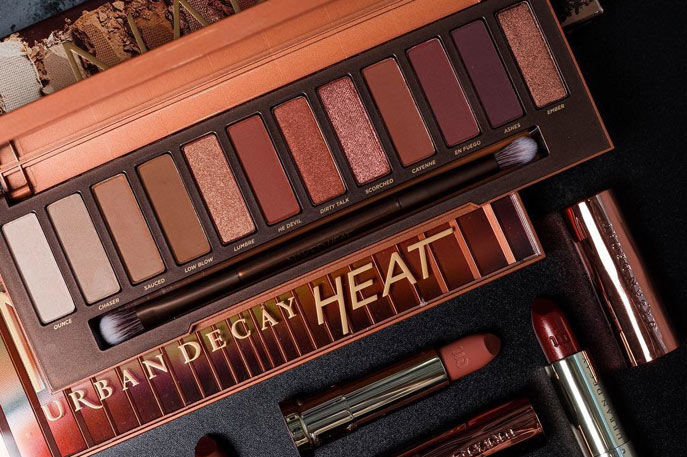 Urban Decay - Urban Decay began as a rebellious maximalist brand and has transformed to deliver an enormous array of products that go from day to night, work to club and every event in between. And as if we weren't already obsessed with our Naked palettes, Urban Decay's line of products just keeps reeling us in. Their unique range of products caters to a variety of people, from the all-black leather-studded gal to the soft and sweet princess who wants it all.