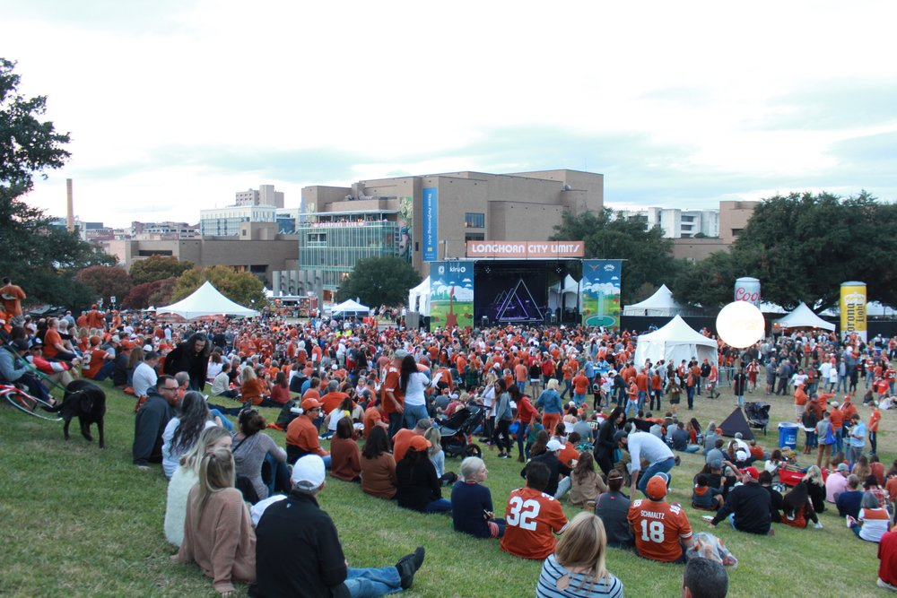 A huge crowd gathered on the LBJ lawn to enjoy live music and great atmosphere.