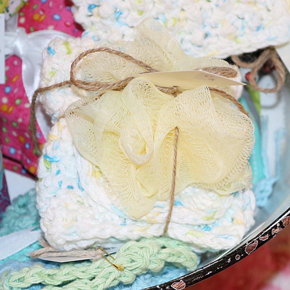 Wash Cloth & Loofah