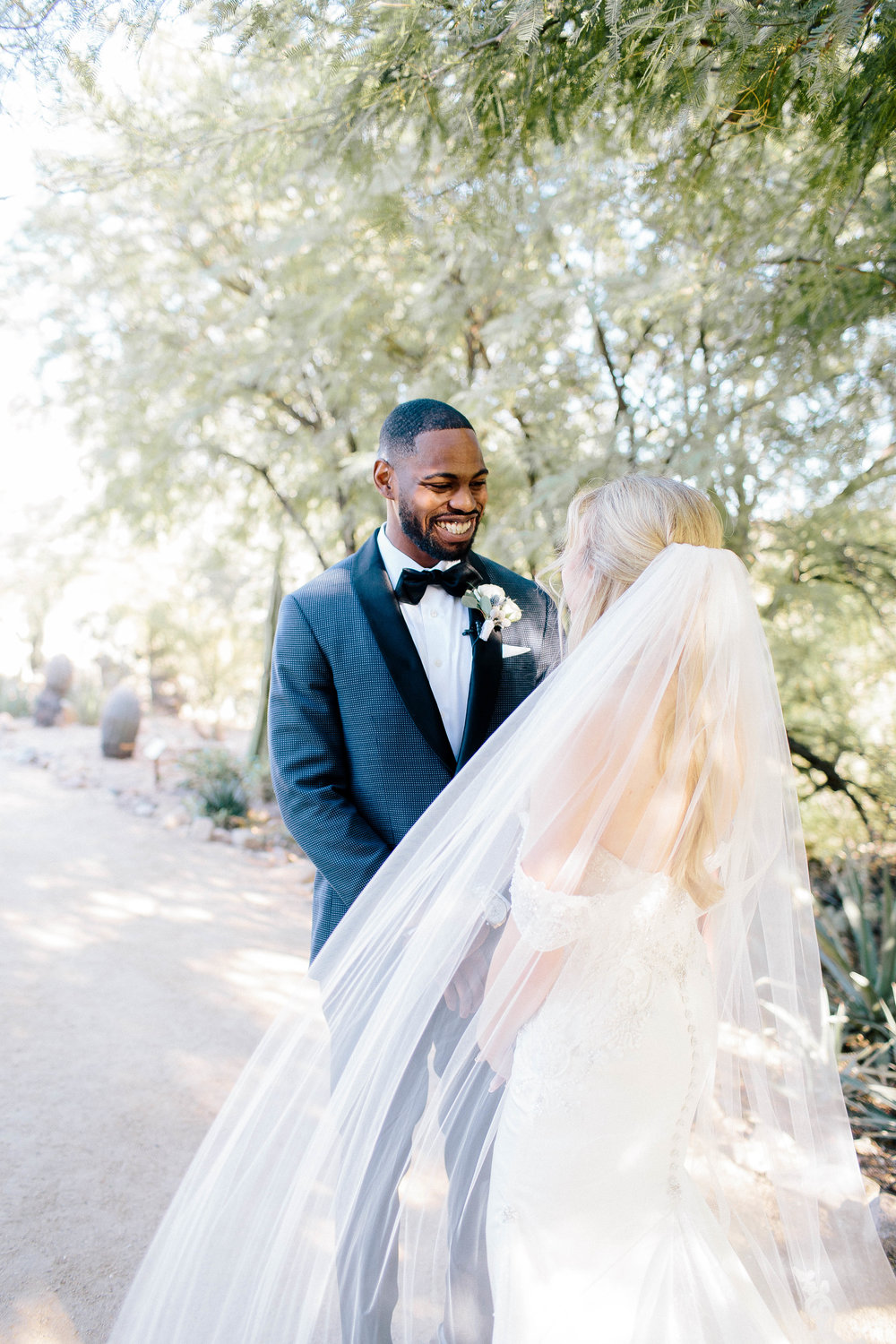 First Look at Mayo Clinic Nature Trail- Arizona Wedding Photographer