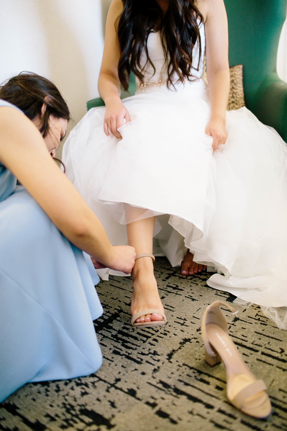 Boise Wedding Photographer- Nampa Wedding Photographer- The Grove Boise- Getting Ready Photos- Getting Ready Photo Ideas- Wedding Photo Ideas- Wedding Ideas-