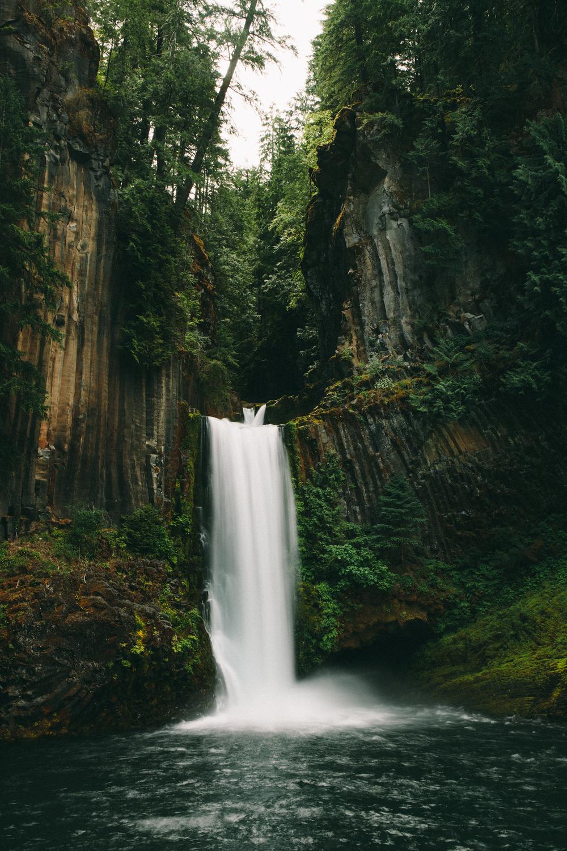 Nicole Knox X Toketee Falls, Oregon