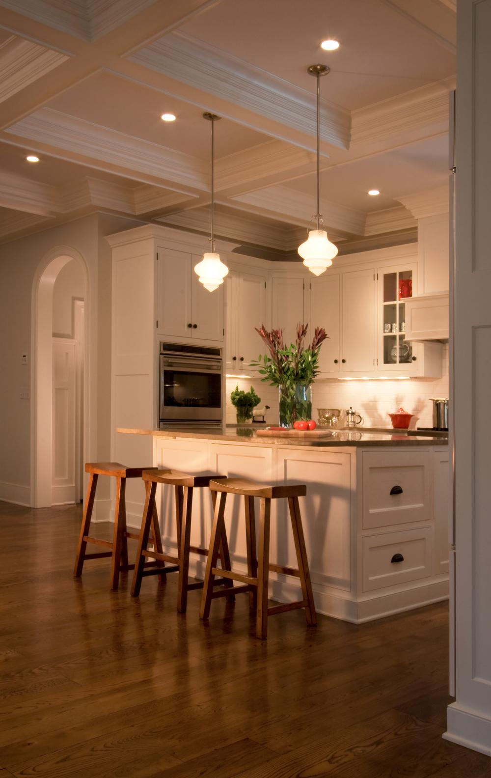 14-kitchen_vert_2174_v2f-cc.jpg