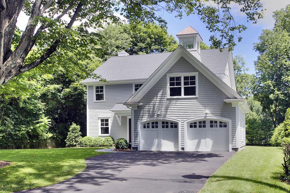 Best Spec Home $1-$2 Million  (Barry  Hyman-Granite Studios).jpg