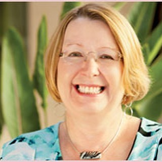 Announcing our key-note speaker!! Gale Mote shares her expertise in learning about ourselves emotionally. . Our blog is up! Learn more about what we will hear from Gale over lunch here ---   http://www.thesheroexperience.com/blog/2016/6/10/introducing-gale-mote-of-gale-mote-associates-as-a-shero-speaker-on-september-30 . Becoming a Shero means becoming your best self. Join us September 30th to find the Shero in you. ----   http://www.signupgenius.com/go/10c0a4eaba828a0f49-2016 . #Shero #canoe #camp #kayak #zipline #climb #meditation #burlesque #yoga #growth #women #iowa #prevention #wellness #joy @well_labs