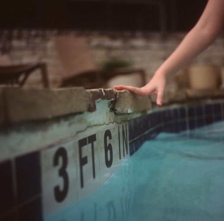 brileynoel nicole pool 5