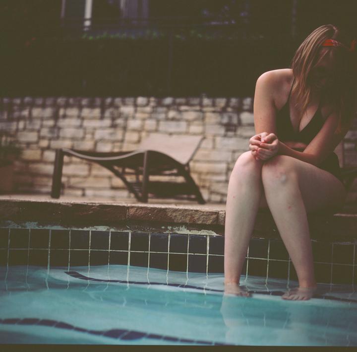 brileynoel nicole pool 1
