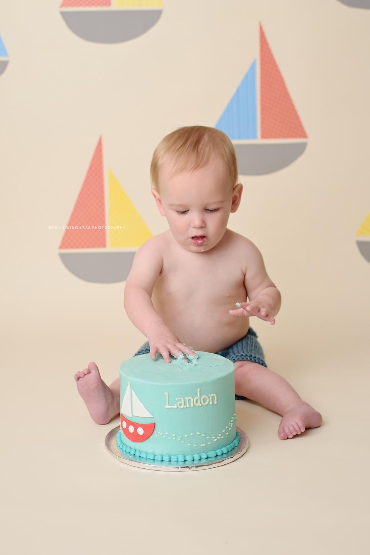 Bremerton Cake Smash-3351.jpg
