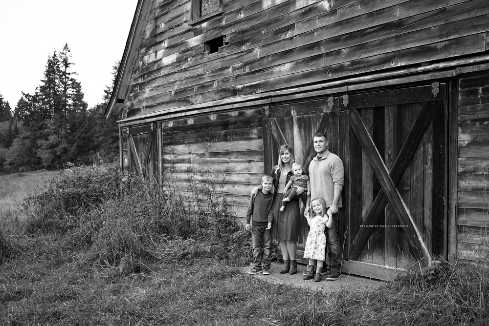 Bremerton-Family-Photographer-Following-Seas-Photography-34BW copy.jpg
