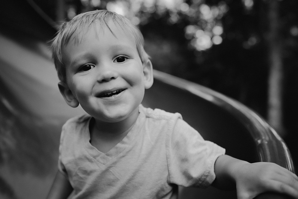 Charleston-Family-Photographer-Following-Seas-Photography-0473BW.jpg