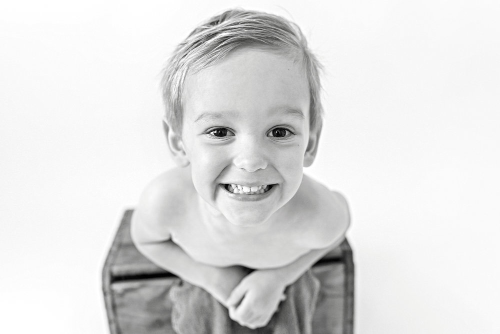 Charleston-Family-Photographer-Following-Seas-Photography-2607BW copy.jpg