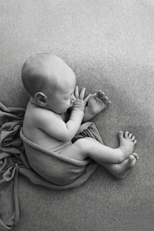 Charleston-Newborn-Photographer-Following-Seas-Photography-7536BW copy.jpg