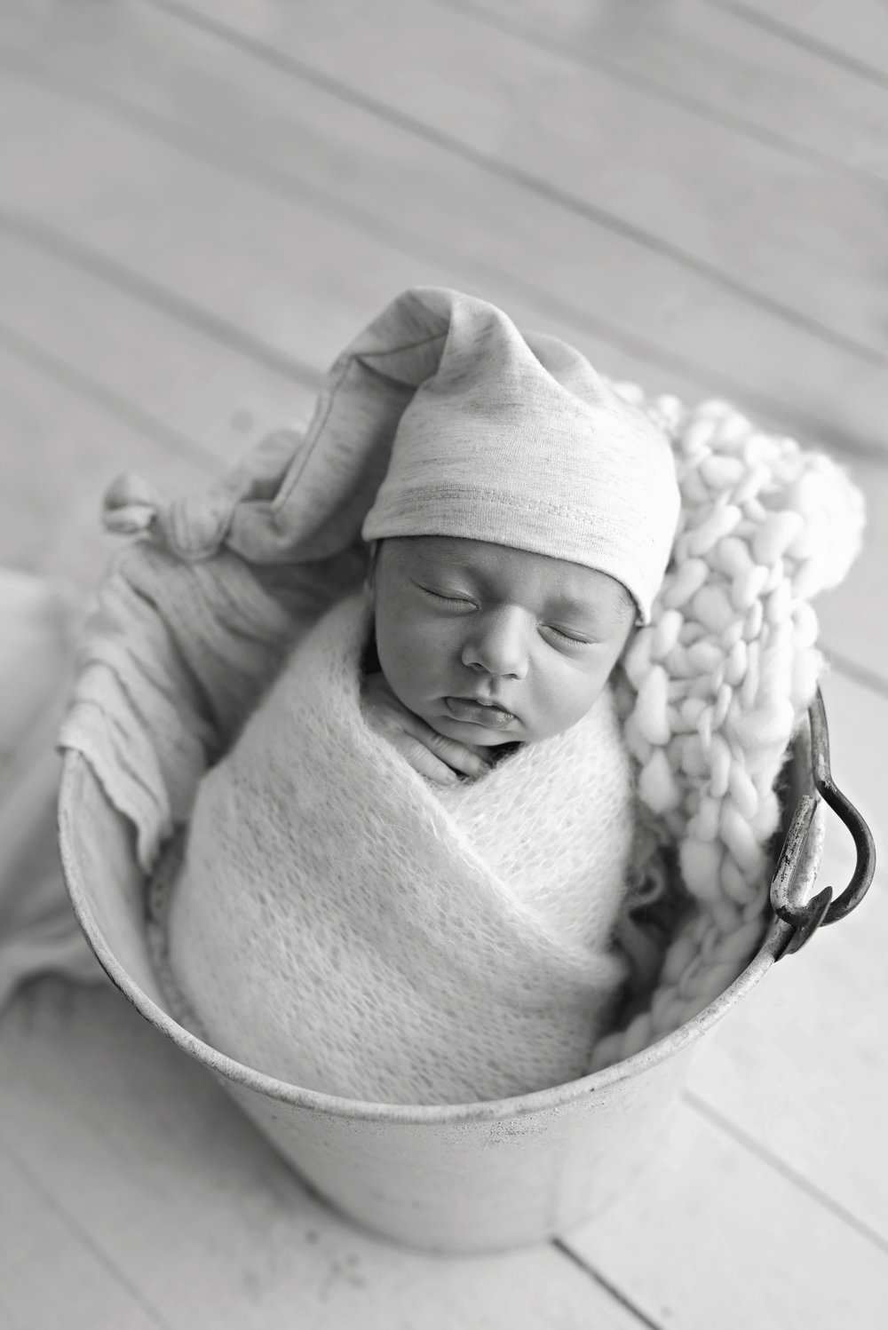 Charleston-Newborn-Photographer-Following-Seas-Photography-5646BW copy.jpg