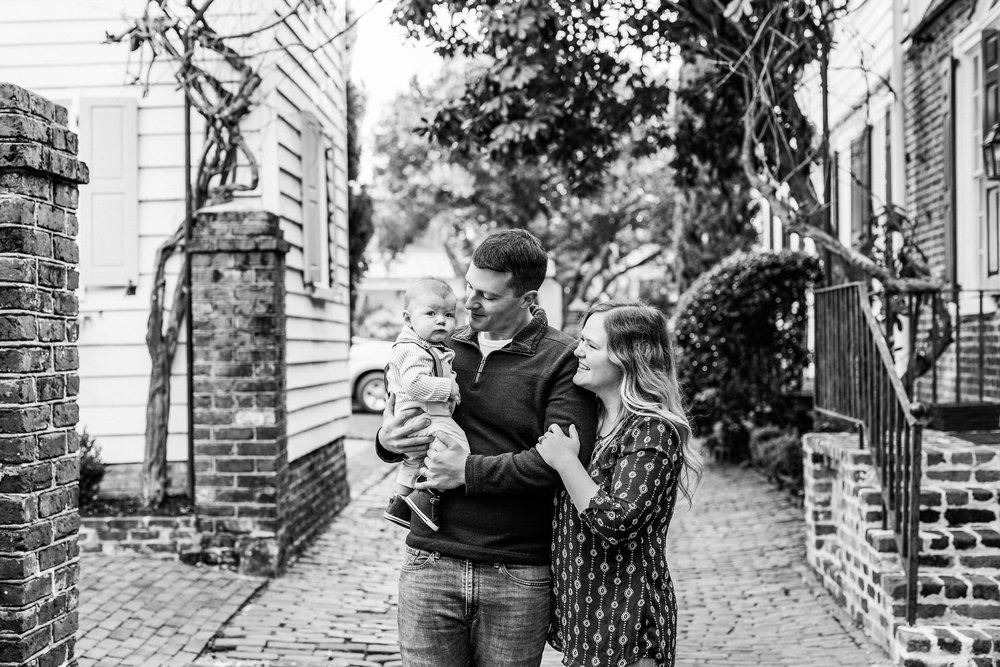 Charleston-Family-Photographer-FSP_9863BW.jpg