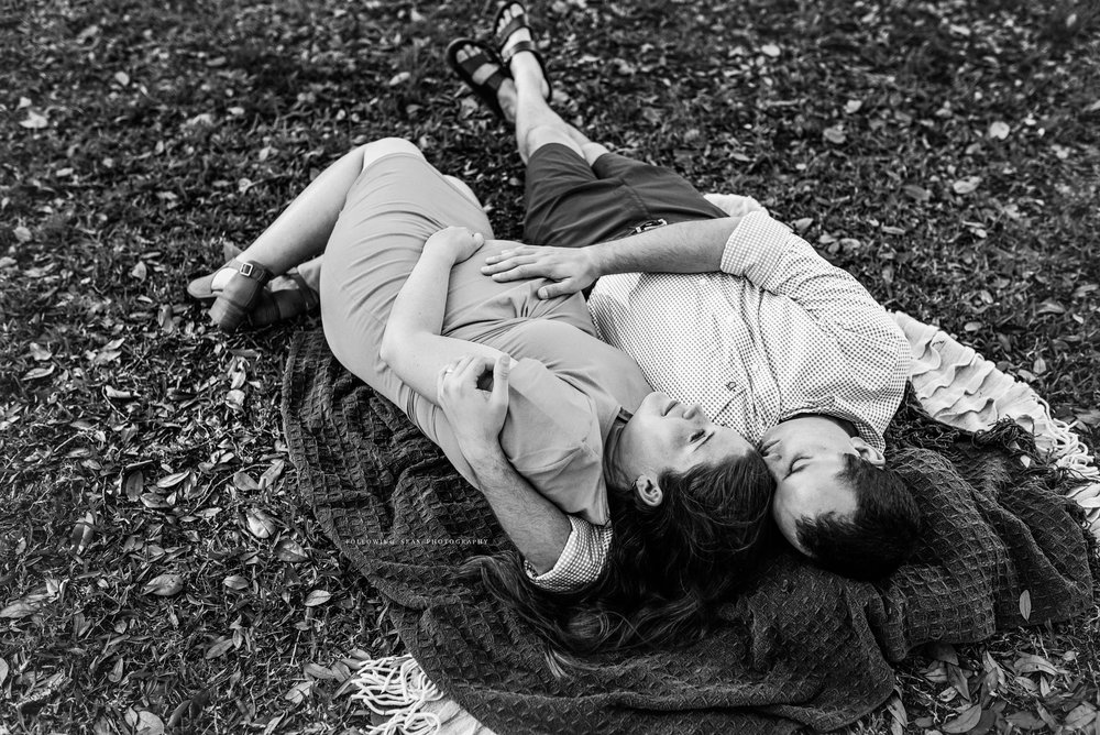 Charleston-Maternity-Photographer-Following-Seas-Photography-FSP_3075BW.jpg
