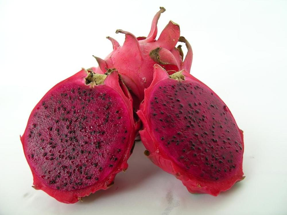 Dragon_Fruit_Red_Big_Size_.jpg