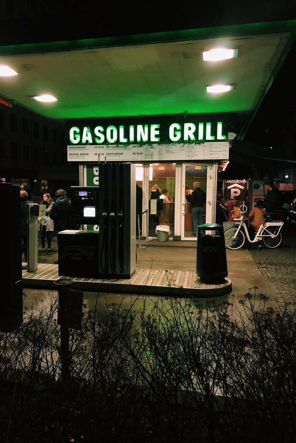 Gas & Grill
